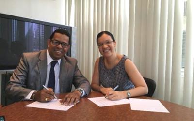 Acuerdo de comercialización entre SGS Panamá Control Services y Saber de Panamá.